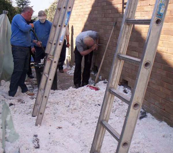 Cavity Wall Insulation Blowing Behind : Removing cavity wall insulation